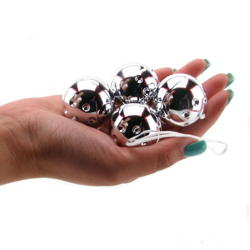 Ben Wall Balls On A String in Silver